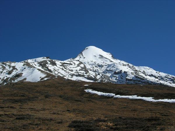 Pissang Peak Climbing
